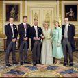 Mariage du prince Charles et Camilla, ici avec leurs enfants, à Windsor, le 9 avril 2005.