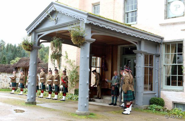 Le prince Charles dans sa demeure de Birkhall, à Balmoral, en Ecosse, en 2012.
