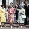 La princesse Margaret, la reine Elizabeth, la Reine Mère, Diana et son fils le prince Harry en 1992.