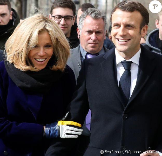 Brigitte Macron Taquinee Par Emmanuel Qui La Voudrait Plus Presente Purepeople