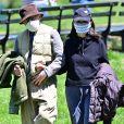 Exclusif - Première sortie discrète pour Woody Allen et sa femme Soon-Yi pendant l'épidémie de coronavirus (COVID-19) à New York le 28 avril 2020.