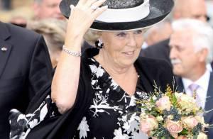 Beatrix des Pays-Bas : Pas un jour ne passe sans que la reine... se jette des fleurs !