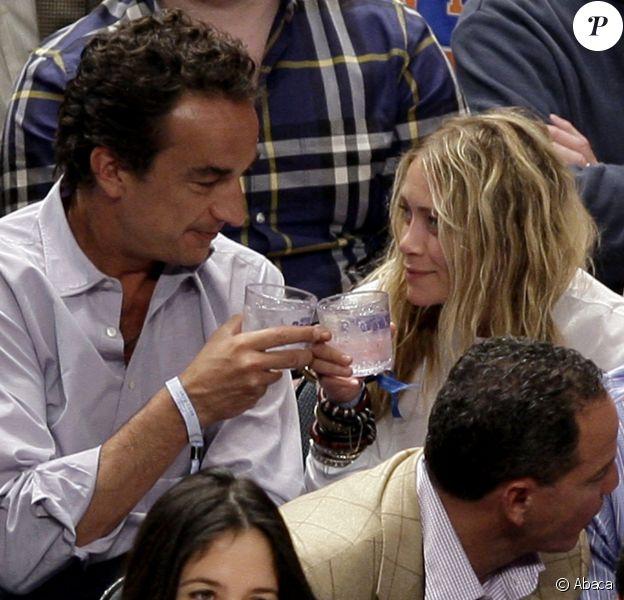 Mary-Kate Olsen et Olivier Sarkozy au Madison Square Garden, New York, en avril 2012.