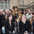 Charlotte Gainsbourg et sa mère Jane Birkin - Cérémonie d'inauguration de la plaque commémorative en l'honneur de Serge Gainsbourg, au 11 bis Rue Chaptal (où le chanteur passa une partie de son enfance), à Paris. Le 10 Mars 2016