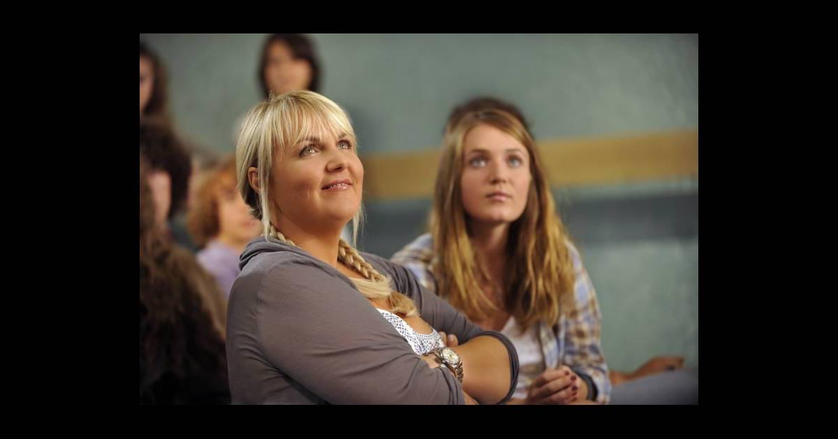 Val rie damidot et sa fille roxane dans le t l film for Fille de valerie damidot