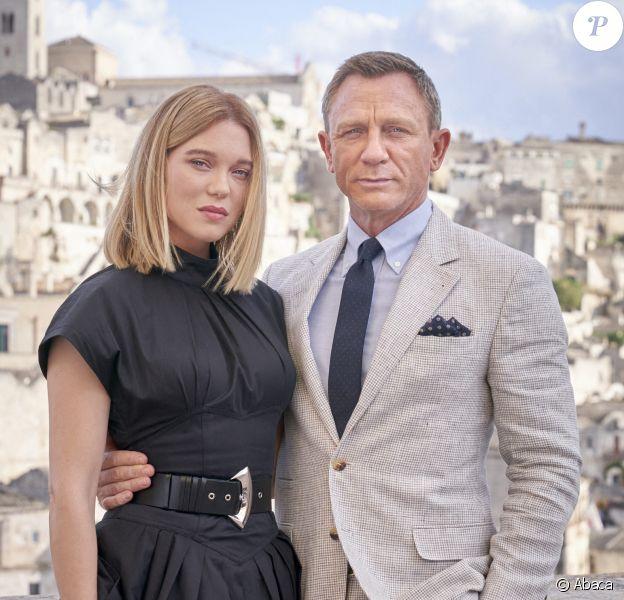 """Léa Seydoux et Daniel Craig sur le tournage du film """"No Time To Die"""", le 25e film de la saga James Bond, le 9 septembre 2019 en Italie, à Matera."""