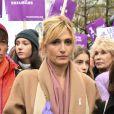 Julie Gayet - De nombreuses artistes et personnalités marchent contre les violences sexistes et sexuelles (marche organisée par le collectif NousToutes) de place de l'Opéra jusqu'à la place de la Nation à Paris le 23 Novembre 2019 © Coadic Guirec / Bestimage