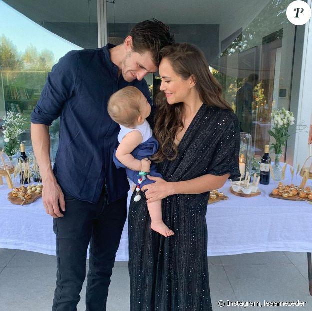 Jean-Baptiste Maunier, sa compagne Léa Arnezeder et leur fils Ezra, le 28 juin 2020 sur Instagram.