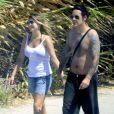 Carmen Electra en vacances en Grèce avec son fiancé Rob Patterson