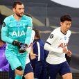 Hugo Lloris et Son Heung-min lors du match de Premier League Tottenham contre Everton le 6 juillet 2020. Adam Davy/NMC Pool/PA Wire.