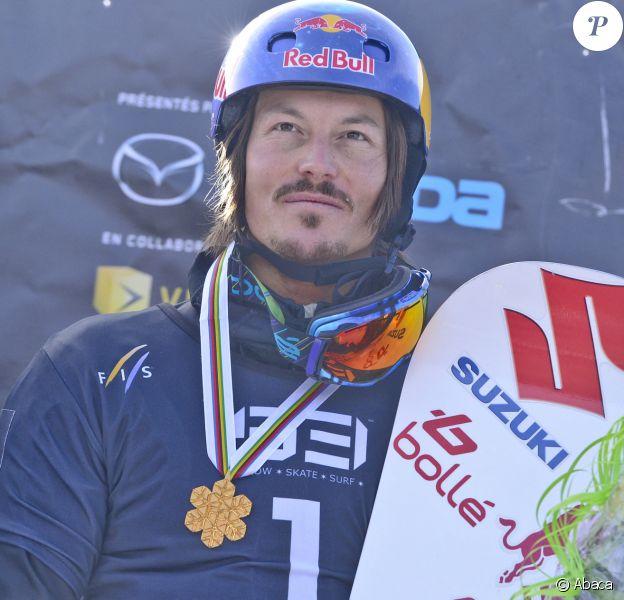 Alex Pullin médaillé lors de la FIS Snowboard World Championships Snowboardcross à Stoneham, Canada, en 2013
