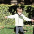 Exclusif - Naya Rivera se promène avec son fils Josey et des amis à Los Angeles le 28 décembre 2018.