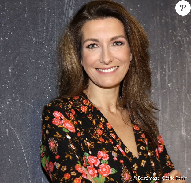 Exclusif - Rendez-vous avec Anne-Claire Coudray à Paris le 28 novembre 2019. © Cédric Perrin/Bestimage