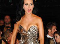 "La très sexy Katy Perry reprend ""We will rock you"" avec... Joe Perry, immense guitariste d'Aerosmith ! Regardez !"
