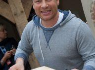 """Jamie Oliver donne des conseils diététiques et se fait traiter de """"gros"""""""