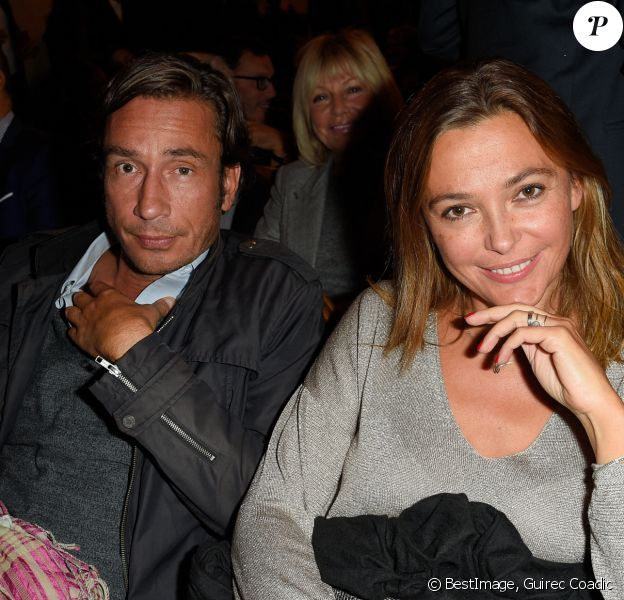 """Sandrine Quétier avec son compagnon Sébastien Goales à la générale de la pièce """"La Vraie Vie"""" au théâtre Edouard 7 à Paris. © Guirec Coadic/Bestimage"""