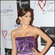 Eva Longoria lors du premier Par Coeur Gala, le 21 septembre 2009 à l'hôtel Meurice. Elle portait une robe Versace.