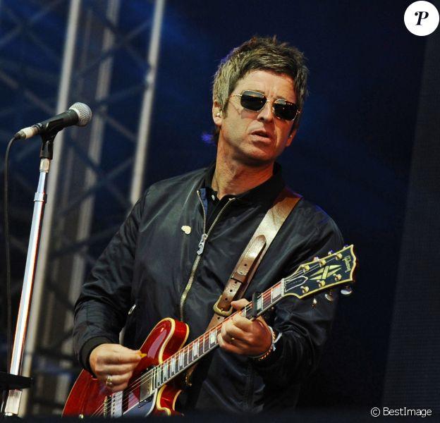 Noel Gallagher's High Flying Birds en concert au Lytham festival. Lytham St Annes, le 4 août 2016.
