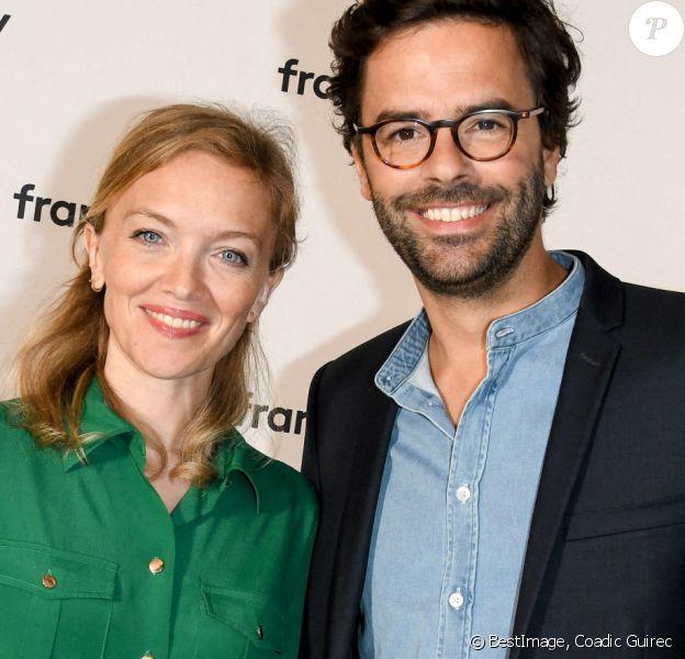 Maya Lauqué, Thomas Isle au photocall de la conférence de presse de France 2 au théâtre Marigny à Paris @Coadic Guirec / Bestimage