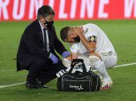 Karim Benzema : Le footballeur montre ses grosses marques dans le dos