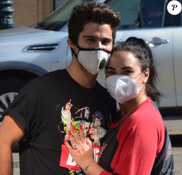 Demi Lovato et son fiancés Max Ehrich vus pour la première fois ensemble à Beverly Hills depuis qu'ils ont annoncé leurs fiançailles