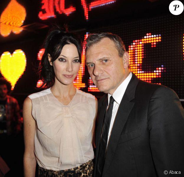 Mareva Galanter et Jean-Charles de Castalbajac au défilé JC/DC au VIP Room de Paris (23 septembre 2009)