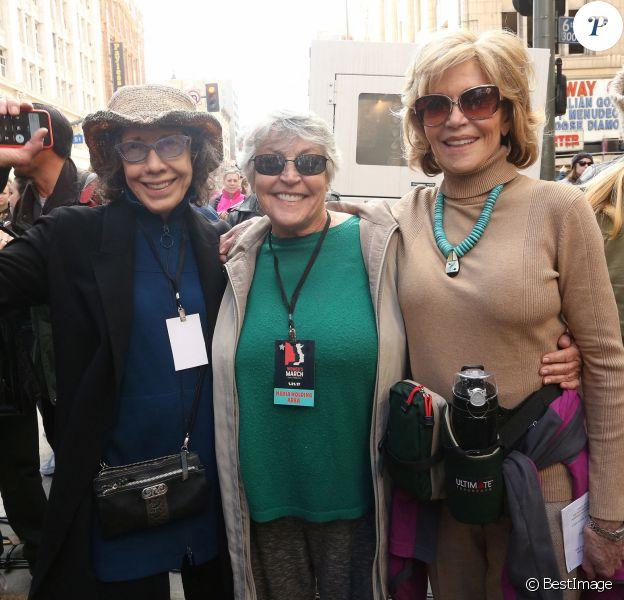 Lily Tomlin, Helen Reddy, Jane Fonda - Les célébrités participent à la 'marche des femmes' contre Trump à Los Angeles © F. Sadou/AdMedia via Zuma/Bestimage