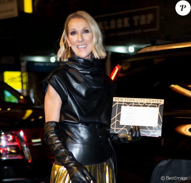"""Céline Dion quitte un théâtre de Broadway à New York. Elle a assisté à la pièce """"Nederlands Dans Theatre"""" au New York City Centre."""