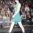 Vittorio Brumotti, Janet Jackson, Ziyi Zhang, Ideoshi Nakata, Emma de Caunes au défilé Giorgio Armani lors de la Fashion Week italienne à Milan le 24 septembre 2009