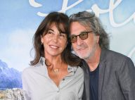 François Cluzet : Amoureux aux cheveux longs devant Julie Gayet