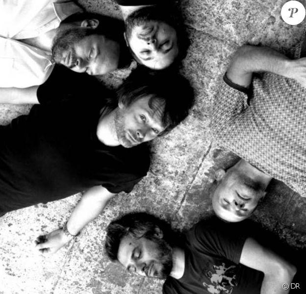 Thom Yorke et ses nouveaux bandmates...