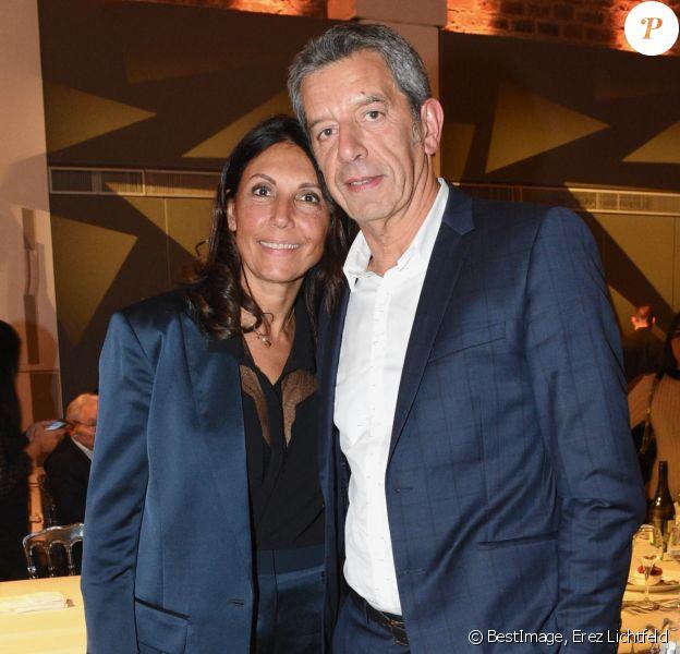 """Exclusif - Michel Cymes et sa femme Nathalie - Gala annuel du """"Casip-Cojasor"""" à l'Hôtel Salomon de Rothschild à Paris. © Erez Lichtfeld/Bestimage"""