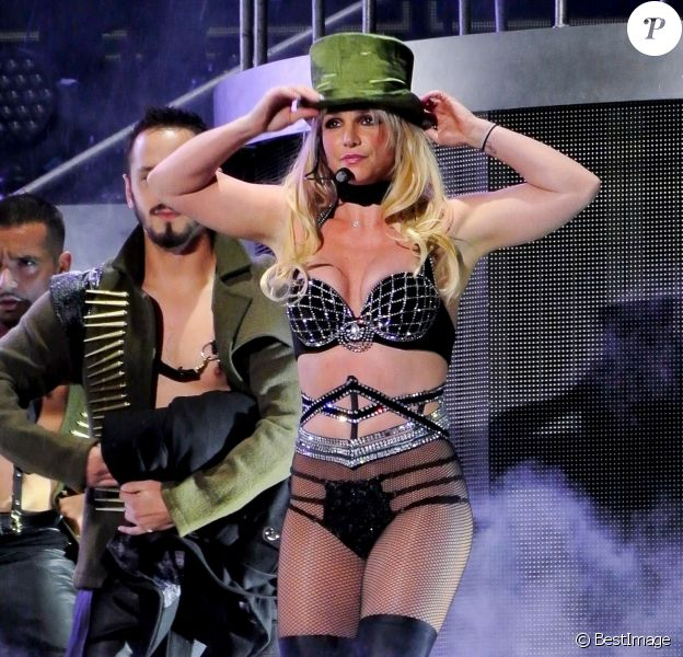 Britney Spears en concert à Scarborough, Royaume-Uni.