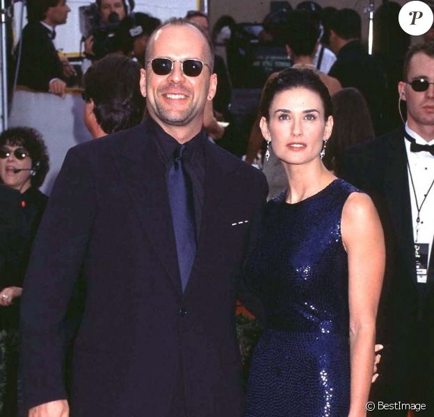 Bruce Willis et Demi Moore aux Emmy Awards à Los Angeles en 1997.