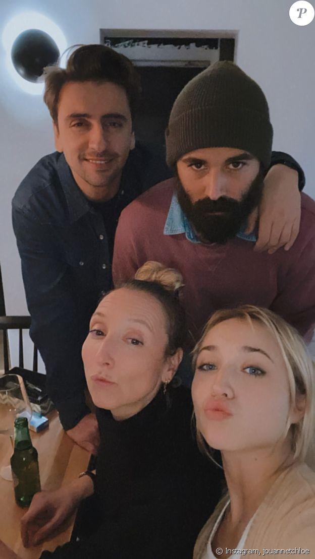 Audrey Lamy, son compagnon Thomas Sabatier, Chloé Jouannet et le réalisateur Nikola Lange, sur Instagram le 26 novembre 2020.