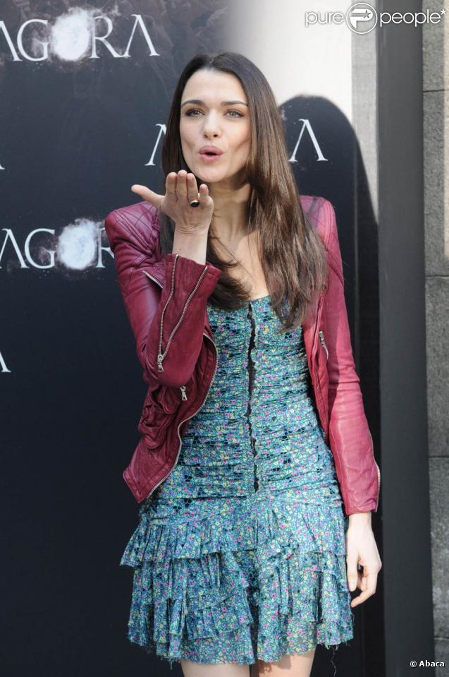 Rachel Weisz sublime, à l'occasion du photocall du film  Agora , à la Librairie Nationale de Madrid, le 6 octobre 2009 !