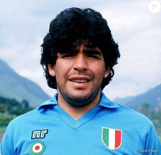 Archives - Diego Maradona avec le maillot de l'équipe de football de Naples. © Imago / Panoramic / Bestimage