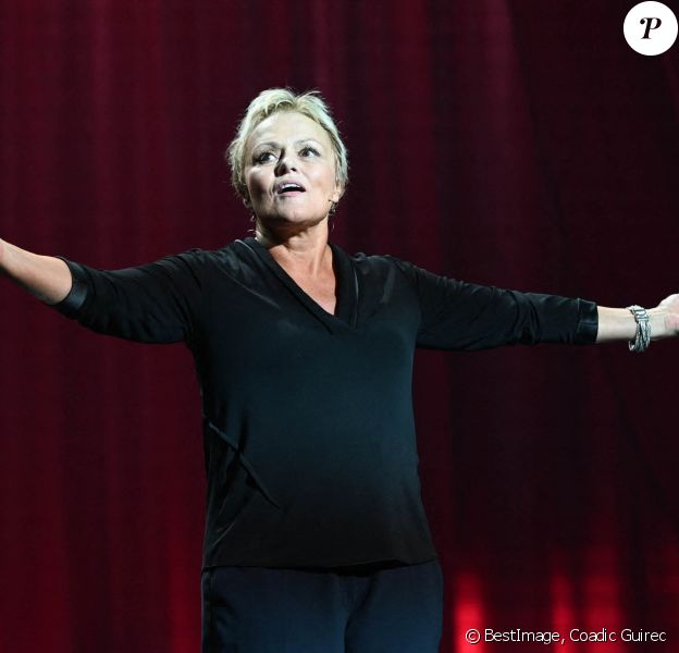 """Muriel Robin - Générale du nouveau spectacle """"Muriel Robin et Pof !"""" au Palais des Sports à Paris. © Coadic Guirec/Bestimage"""