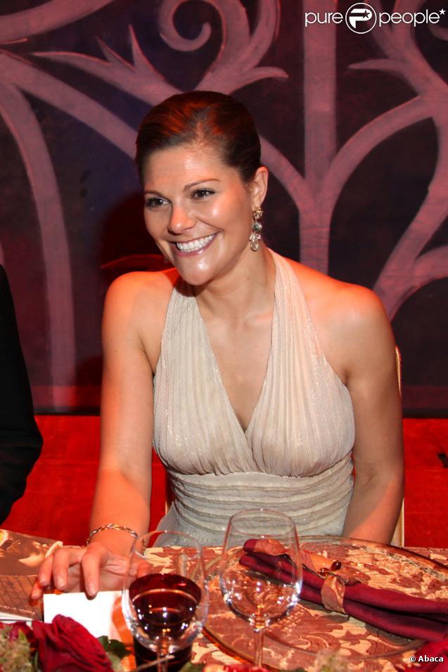 La princesse Victoria de Suède au dîner de gala de l'E.O.R.T.C à l'Opéra Garnier de Monte Carlo à Monaco le 9 octobre 2009