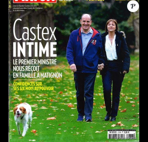"""Jean Castex et son épouse Sandra en couverture du magazine """"Paris Match"""", le 24 décembre 2020."""
