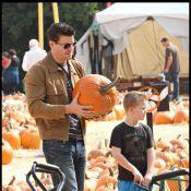 David Boreanaz, sa femme et leur adorable gamin... à la recherche d'une citrouille géante !