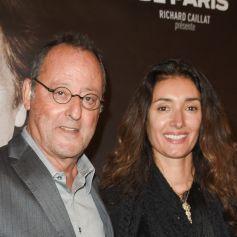 """Exclusif - Jean Reno et sa femme Zofia Borucka - Célébrités à la repésentation """"An Evening With Al Pacino"""" au théâtre de Paris à Paris, France © Coadic Guirec/Bestimage"""