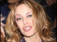 Mais que fait Kylie Minogue en pyjama... dans les rues de New York ?