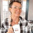 """Carinne, aventurière de """"Koh-Lanta"""", présente son nouvel amoureux Frédérick."""