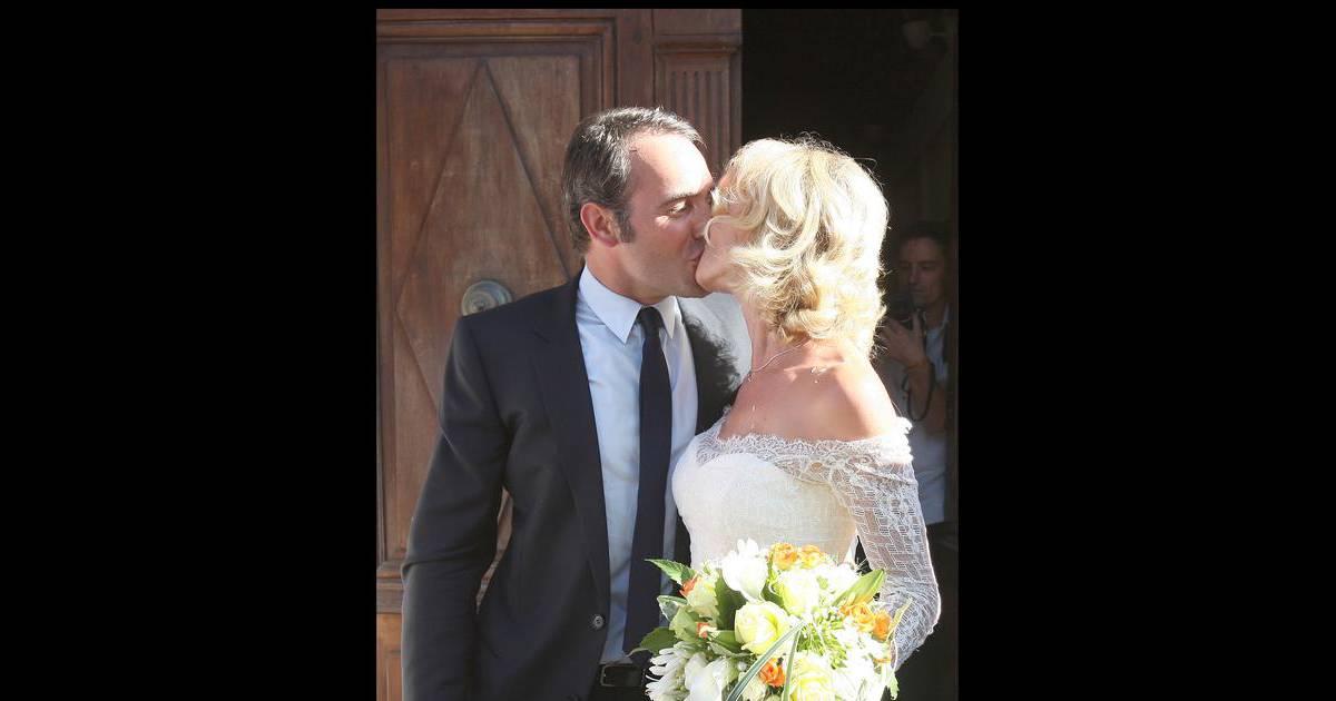 Alexandra lamy et jean dujardin leur mariage en juillet for Jean dujardin en couple