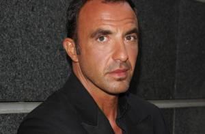 Nikos Aliagas, très en colère... défend la famille de son défunt ami Grégory Lemarchal !