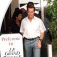 Arnold Schwarzenegger à la sortie d'un restaurant le 24 octobre 2009 !