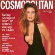 Cindy Crawford en couverture de  Cosmopolitan  !