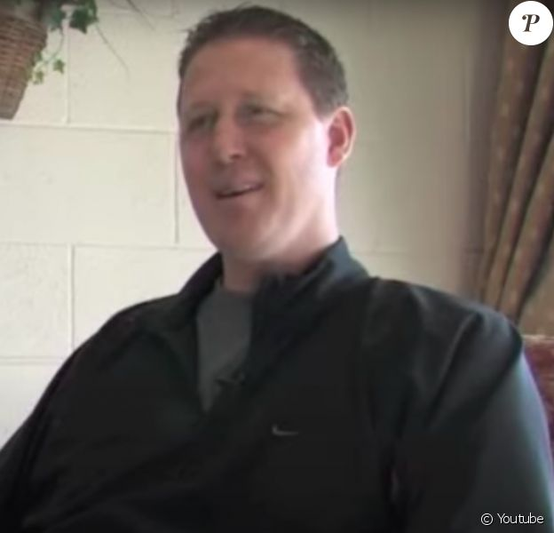 Shawn Bradley paraplégique après un accident de la route