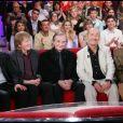 """Jean-Guy Fechner, Gérard Filippelli, Gérard Rinaldi, Jean Sarrus et Luis Rego du groupe Les Charlots dans l'émission """"Vivement dimanche"""" en 2008."""
